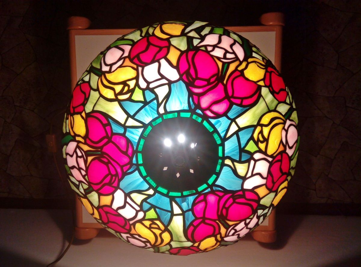 Tiffany lampa tulipány