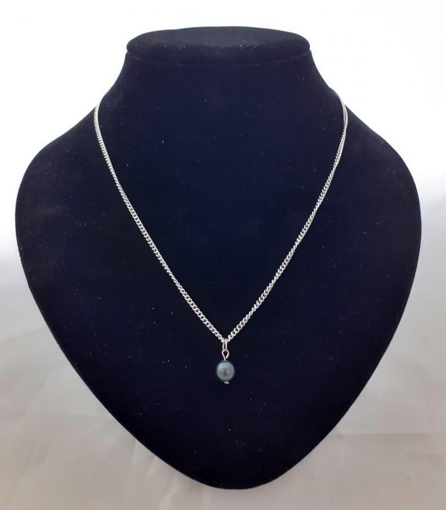 Náhrdelník s černou říční perlou